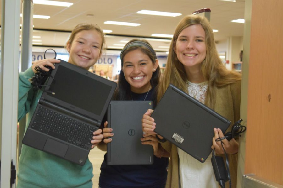 %28left+to+right%29+Sophia+Kopidis%2C+Bella+Urcia%2C+and+Ellen+Tucker+excitedly+show+off+their+Chromebooks.+