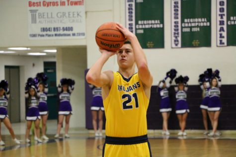 Midlothian Loses Close Game to Rival James River