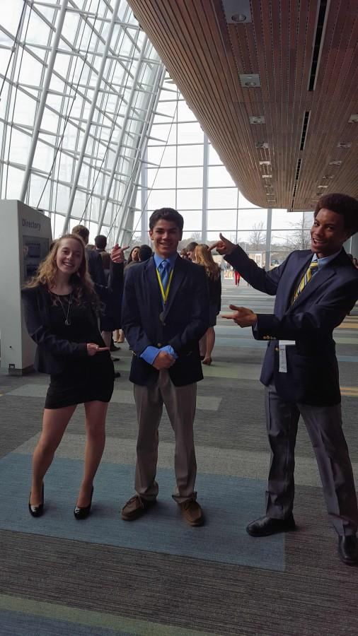 Joshua+Pace+qualifies+for+DECA+nationals.