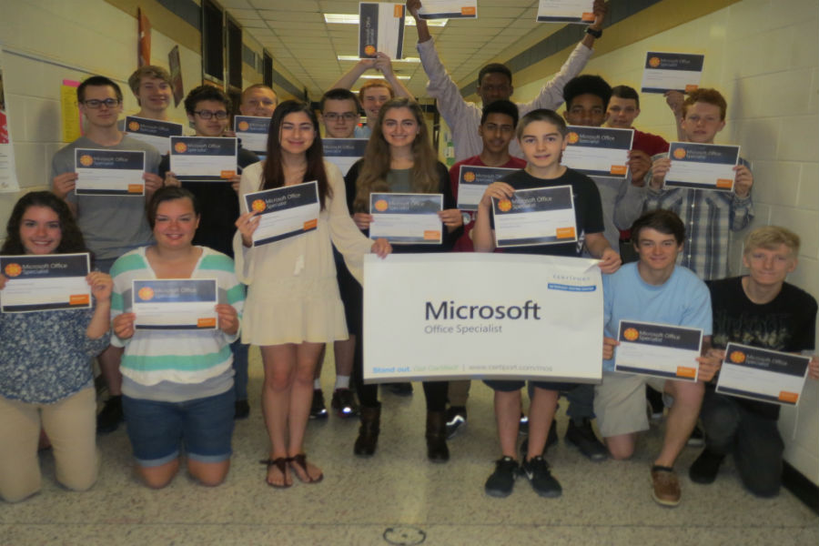Mrs. Mullins' students recently achieved Powerpoint certification. Pictured are: Danya Abdel-Latif, Derek Bassett, Kainen Brewer, Bryce Brooks, Ian Brown, Dylan Conklin, Alex Jenkins, Gabriela Johnson, Chase Keister, John Kessler, Joshua Laird, Alex Layne, Mohamed Maqsher, Fred Nichols, Daniella Relvas-Veliadis, Micayla Sadler, Noah Smith, and Conor Vizi