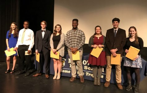 On Wednesday, January 4, students from Midlo's IB Class of 2016 returned to receive their IB diplomas and certificates.
