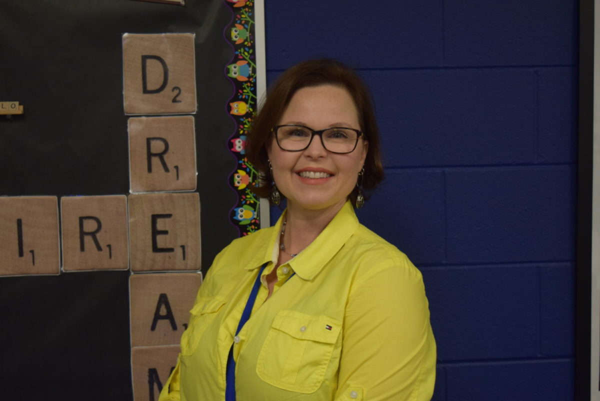 Mrs. Heather Murfee joins the Midlo family as the head librarian.