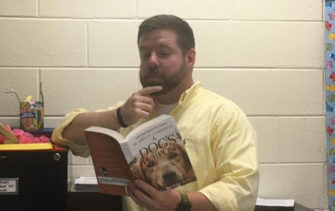 Midlo welcomes Mr. Davis into their English Department