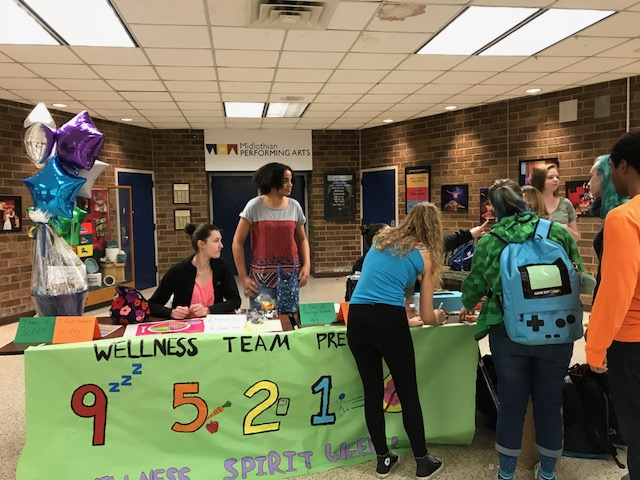 Many+students+participated+in+Wellness+Week+activities+at+lunches+throughout+the+week.