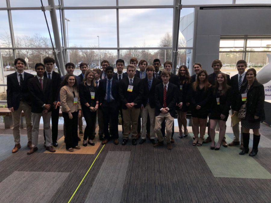 Midlo DECA students prepare to compete at SLC.