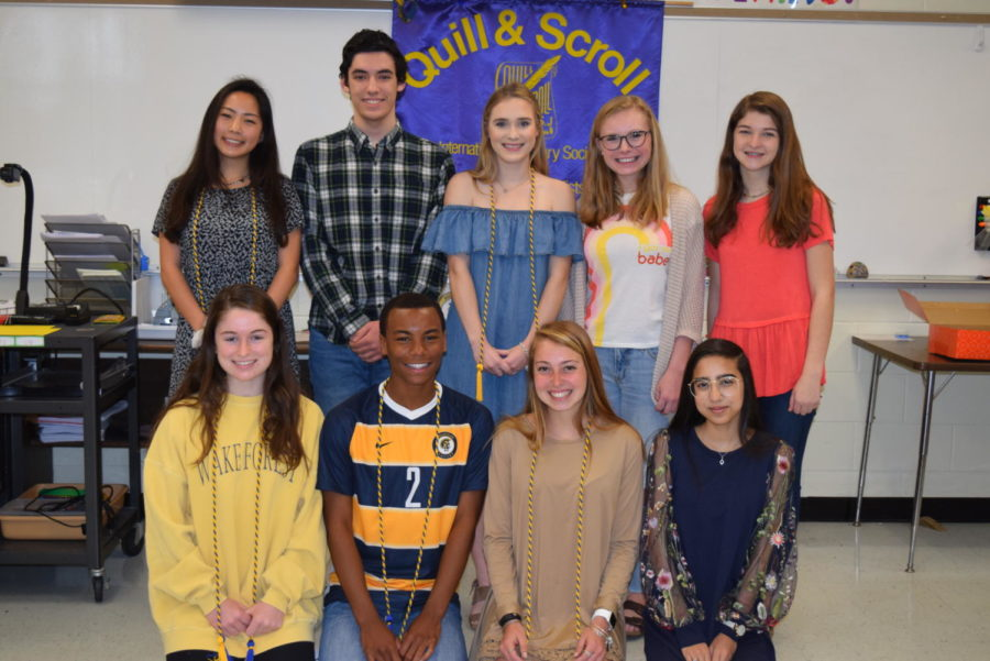 Quill+%26+Scroll+inductees+exhibit+superior+work+on+Midlo%27s+publications.+Pictured%3A+%28front+row%29+Elise+Pritchard%2C+BJ+Beckwith%2C+Eva+Johnson%2C+and+Nabiha+Rais%3B+%28back+row%29+Joy+Li%2C+Maclane+Self%2C+Katie+Patrick%2C+Madison+McCallum%2C+and+Ashley+Manheim%3B+%28not+pictured%29+Jenna+Kyte+and+Riley+Townsend