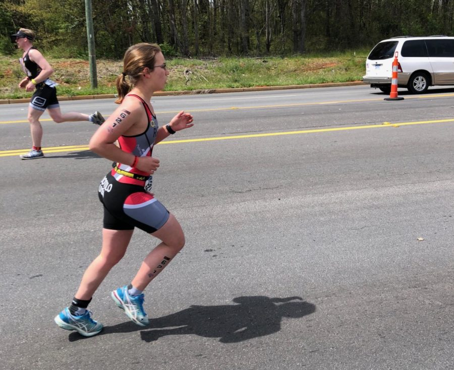 Sarah+Ruotolo+runs+her+way+to+victory.+