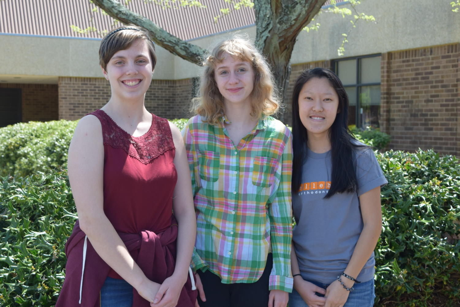 Halleigh Carson, Elizabeth Bolstad, Dareen Kang will attend the Governor's Residential Summer Academy for Language.