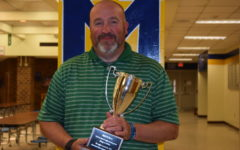 Thomas Earns Teachers Recognizing Teachers Award