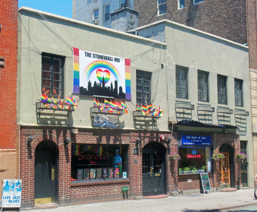 The+national+monument%2C+the+Stonewall+Inn%2C+marks+the+start+of+Pride+Month.