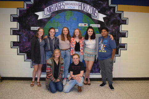@GoMidlo's September Students of the Month Beautify Halls