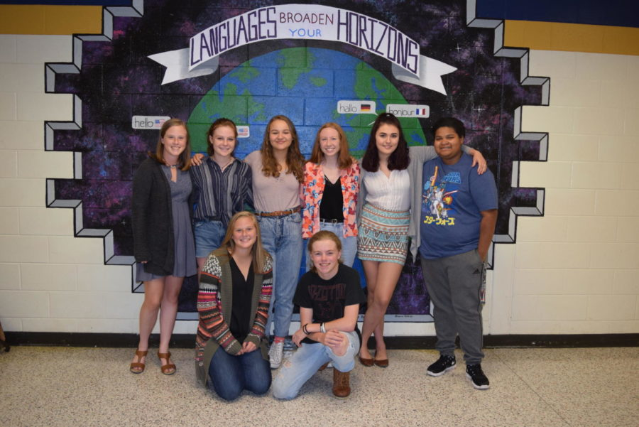 Congratulations+September+students+of+the+month+Amanda+Jennings%2C+Ashley+Jennings%2C+Trinity+Hicks%2C+Carlie+Snidow%2C+Kylie+Redden%2C+Tayla+Bower%2C%C2%A0Colton+Almany%C2%A0and+Rhianna+Holdren.
