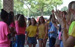 Incoming Freshmen Receive a Warm Welcome