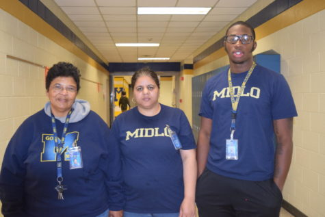 Day Porters Strive To Keep Midlo Clean