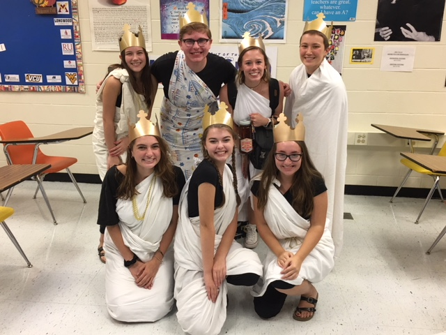 Midlo Homecoming Spirit Friday: Seniors wear togas and crowns.