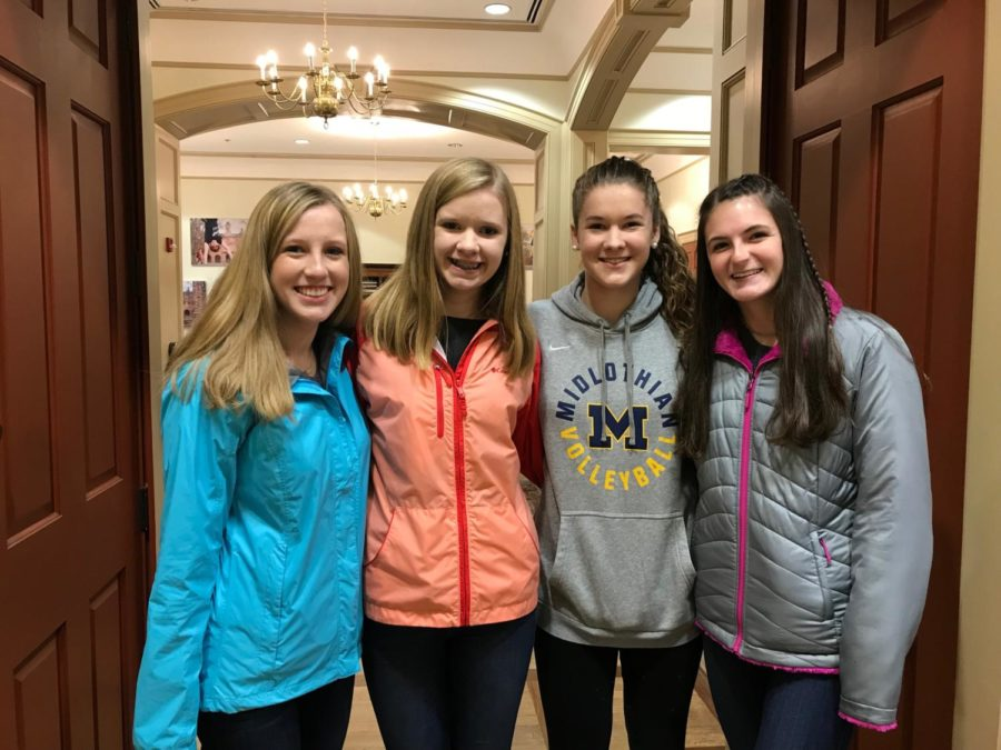 Lindsay Locke, Gracyn Southward, Rylee Moore, and Grace Ruggerio visit the William and Mary campus.