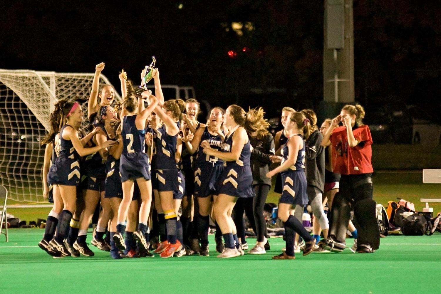 Midlo Field Hockey emerges as 2018 Regional Champions.
