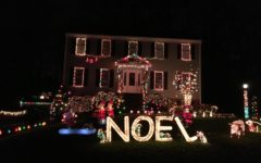 Neighborhoods Get Into the Christmas Spirit