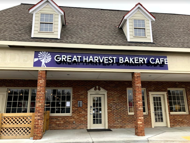 Great+Harvest+Bread+Bakery+has+a+location+in+the+Village+of+Midlothian+on+Midlothian+Turnpike.