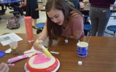 Latin Club Whips Up Inspired Cakes