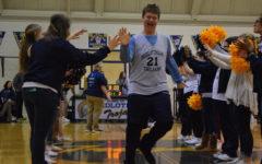 Midlo Medford Basketball Celebrates Seniors at Final Home Game
