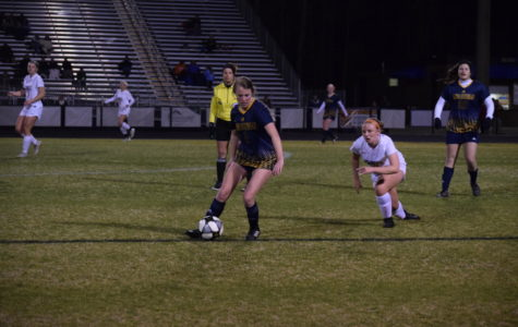 Midlo Girls Soccer Go Head-to-Head with the Chiefs