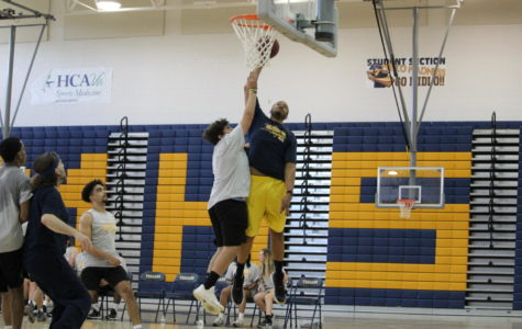 Students Duke It Out Against Faculty on the Court