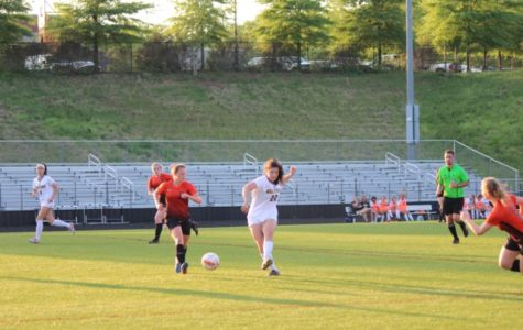 Midlo Girls Soccer Faces Powhatan
