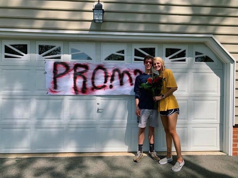 Junior Ethan Smith conducted the perfect promposal to his girlfriend Baylea Botello with a scavenger hunt.