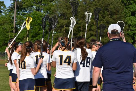 Midlo Men's Lacrosse Defeats Crosstown Rival
