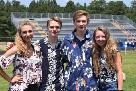 Seniors Celebrate Midlo's Last Home Game