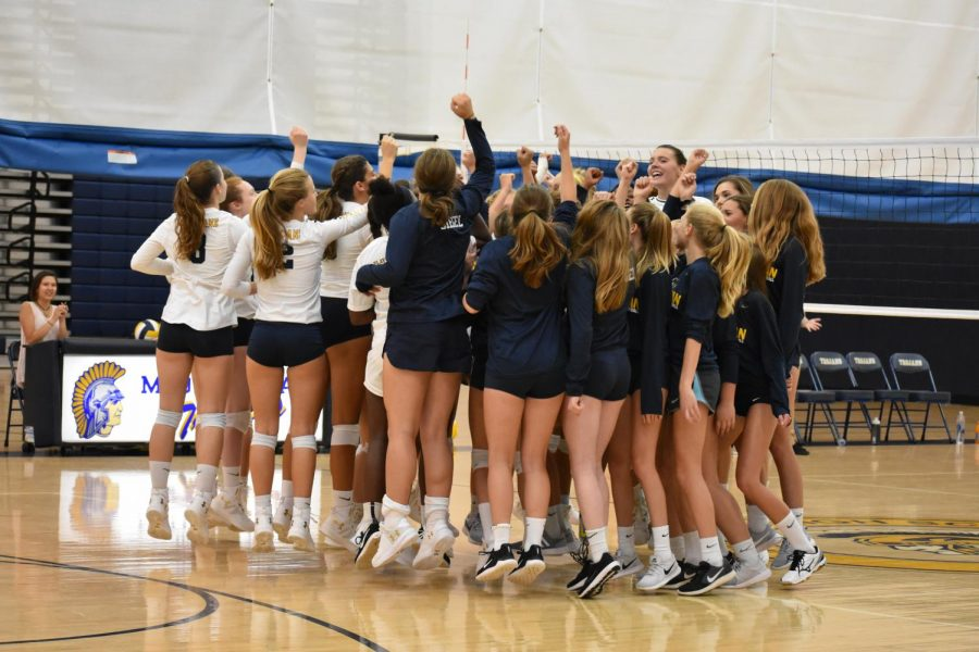 The Midlo Girls Volleyball team gets ready for a challenging 2019 season.