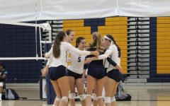 Midlo girls volleyball falls to the Titans