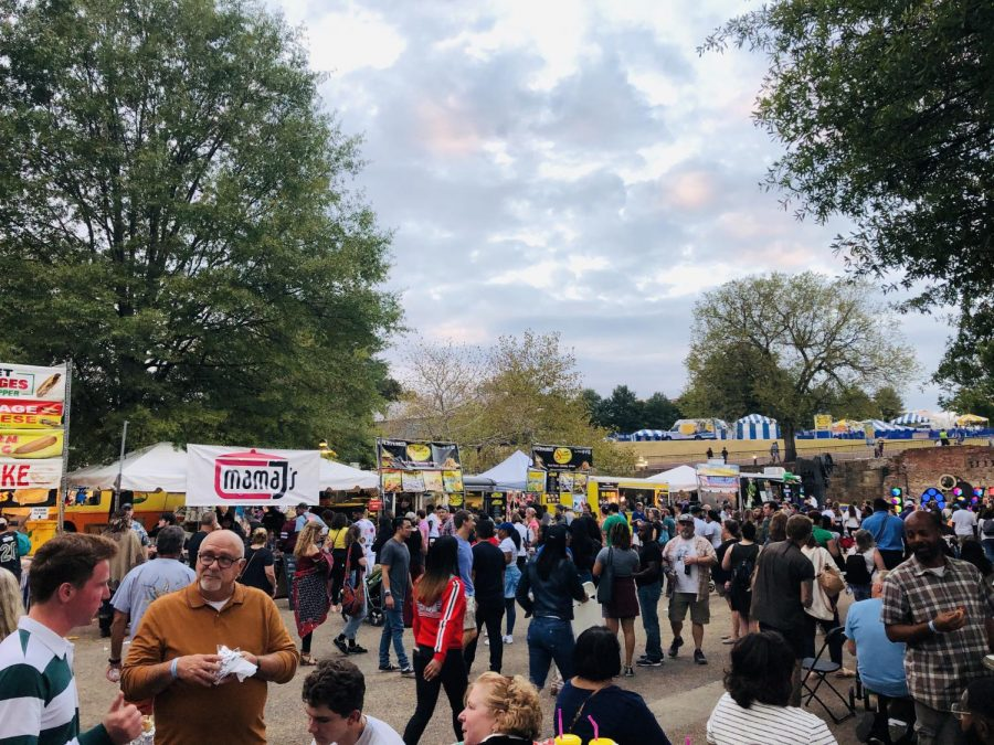 Thousands+of+people+enjoy+traditional%2C+authentic+food+from+a+variety+of+cultures+at+the+2019+Richmond+Folk+Festival.