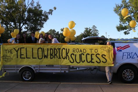 Midlo Students Raise the Bar for Homecoming Proposals