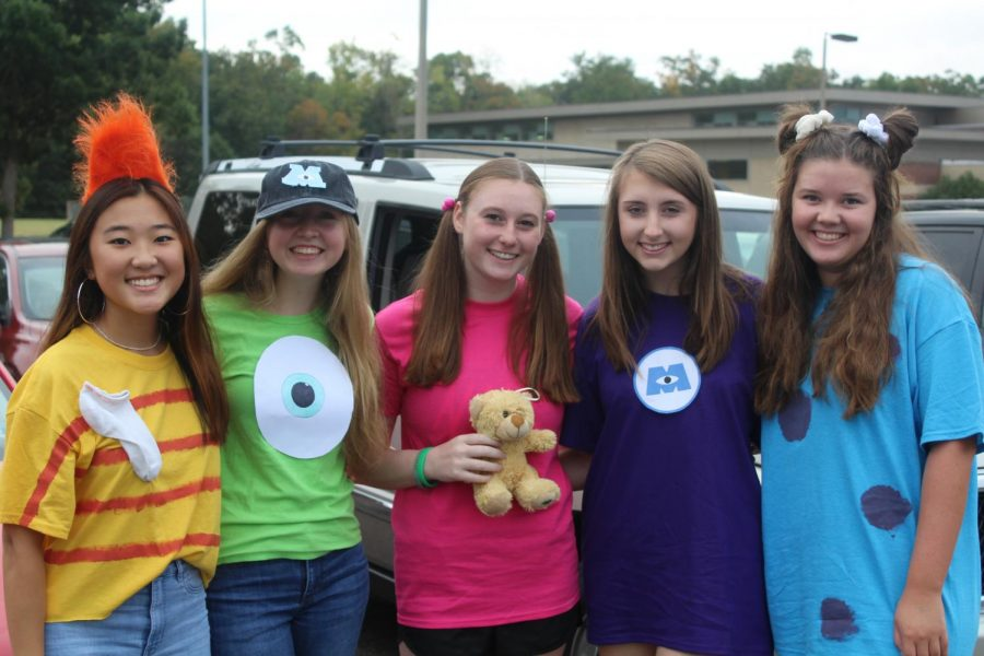 Faith Kin, Abbey Lynch, Devon McGill, Ellery McElhinney, and Hannah Jens don their Monsters Inc. outfits for Spirit Week.