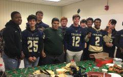 Midlo football team thanks teachers