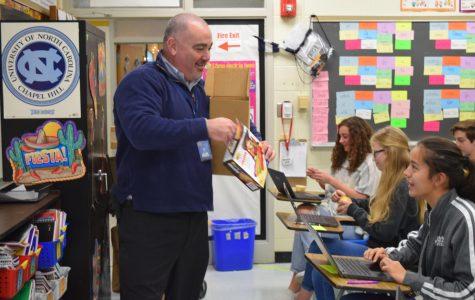 Blue Bell Creameries delivers ice cream to celebrate Midlo's Blue Ribbon School status