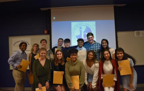 IB Class of 2019 returns to Midlo