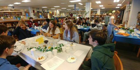 Latin students spread the art of storytelling